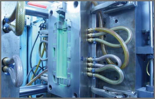 STRATSYS 3D打印机 华美塑胶模具有限公司将现有资源与3D打印技术互相结合